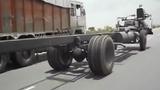 Xe tải mui trần độc nhất thế giới
