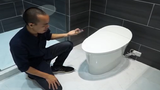 Cận cảnh toilet thông minh giá hơn 200 triệu đồng