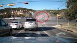 Kinh hoàng cảnh xe tải mất lái gây tai nạn liên hoàn