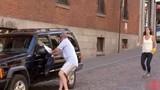 Clip hài: Thót tim với xe điên