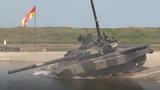 Tăng T-90 của Nga lội hố nước sâu 5m dễ như ăn kẹo