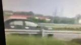 Ô tô phóng ngược chiều 100km/h trên cao tốc Nội Bài - Lào Cai