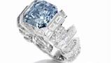 Vẻ đẹp hiếm có của chiếc nhẫn kim cương xanh 555 tỷ đồng
