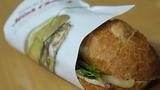 Lưu ý khi ăn bánh mì buổi sáng để tránh nguy hại