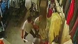 Video: Hai nhóm côn đồ hỗn chiến bằng vũ khí nóng
