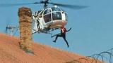 Video: Vợ lái trực thăng giúp chồng vượt ngục