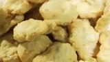 Video: Sự thật chả mực giá rẻ 150.000 đồng/kg ở chợ Long Biên