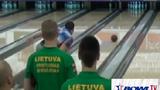 Cú ném bowling có quỹ đạo siêu dị
