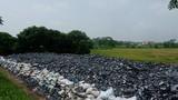 Rác thải độc hại bủa vây ruộng đồng tại Vĩnh Phúc