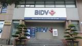 Truy bắt 2 đối tượng nổ súng cướp ngân hàng BIDV ở Hà Nội