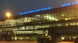 """""""Xe biển xanh đón người nhà lãnh đạo ở cầu thang máy bay"""": Cảng vụ HKMB lên tiếng"""