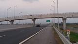 Kinh hoàng nạn ném đá ô tô trên cao tốc Hạ Long - Hải Phòng