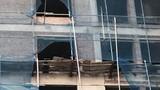 Toà nhà Hoà Xá 2 công nhân thương vong: Bất thường vật tư xây dựng?