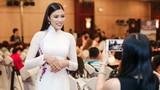 Nguyễn Thị Thành đi sự kiện sau ồn ào trả danh hiệu
