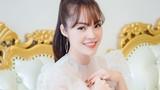 Sau ly hôn, Dương Cẩm Lynh diện váy xuyên thấu rạng rỡ đi sự kiện