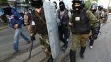 Tự vệ thành phố Donetsk đọ súng với Right Sector