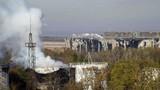 Bất chấp Chế độ yên tĩnh, Ukraine pháo kích sân bay Donetsk
