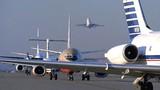 Sân bay Mỹ... phi cơ cất cánh đưa ông Thanh về Đà Nẵng