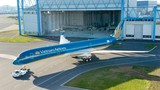 Hình ảnh hoàn toàn mới máy bay VNA lộ diện tại Pháp