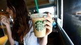 Ông lớn Starbucks bị kiện vì lừa dối khách
