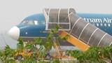 Nam thanh niên đột nhập lên máy bay tại Vinh