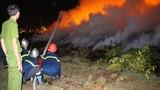 Cháy nhiều giờ dưới đường dẫn hạ cánh máy bay ở Đà Nẵng