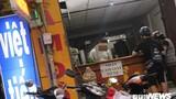 Ăn theo mùa World Cup, nhiều chủ tiệm cầm đồ ra sức ép giá khách hàng