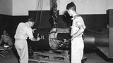 Bộ ảnh Mỹ tất bật chuẩn bị ném bom nguyên tử xuống Nhật