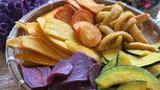 Mặt trái của hoa quả sấy khô