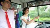 """Cô dâu """"bá đạo"""" quyết tự lái xe buýt về nhà chồng"""