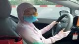 Lo lắng tột độ khi giao xe cho vợ, anh chồng lên tiếng cảnh báo