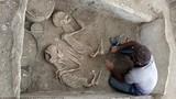 Giải mã cặp đôi ''Romeo và Juliet'' quấn quít trong cổ mộ 5.000 tuổi