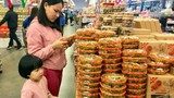 Thị trường Tết: Hàng Việt chiếm ưu thế bằng chất lượng và mẫu mã