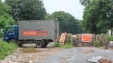 COVID-19: Ô tô thành rào chặn các lối vào cụm công nghiệp Từ Liêm