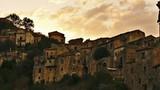 Ớn lạnh hàng loạt thị trấn ma ở Italy
