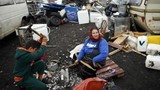 """Cuộc sống cơ cực của dân """"vô gia cư"""" trên đất Pháp"""