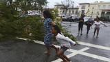 Chùm ảnh siêu bão Haiyan hung tợn tàn phá Philippines