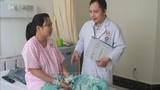 Cắt khối u nang buồng trứng 'khủng' phát triển song hành cùng thai nhi