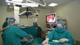 Cấp cứu cho bệnh nhân có phủ tạng đảo ngược hiếm gặp