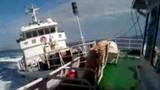 Ảnh diễn biến tàu Trung Quốc đâm tàu Việt Nam ở giàn khoan trái phép