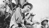 Chùm ảnh hiếm Chủ tịch Hồ Chí Minh và QĐND Việt Nam