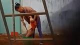 Video: Bảo mẫu dùng gậy chọc bộ phận sinh dục bé 2 tuổi khai gì?