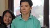 Xét xử bác sĩ Lương: Bất ngờ kiến nghị của luật sư BVĐK Hòa Bình