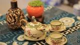 Video: Bộ sưu tập 400 ấm trà độc lạ của nhà thơ Hà Thành