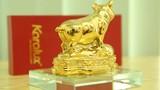 """Video: """"Bí mật"""" trong những chú lợn đất dát vàng giá gần 100 triệu đồng"""