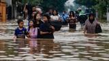 Video: Hơn 50 người thiệt mạng do lũ quét ở miền đông Indonesia