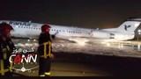 Video: Máy bay chở 100 hành khách cháy rừng rực giữa đêm
