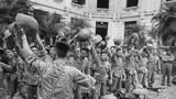 Ảnh độc: Hà Nội vui như hội ngày giải phóng 10/10/1954