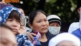 Ảnh: Dòng người khóc nghẹn tiễn đưa Đại tá Trần Quang Khải