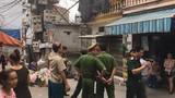 Nghi vấn đặt mìn trước cửa nhà dân giữa Hà Nội